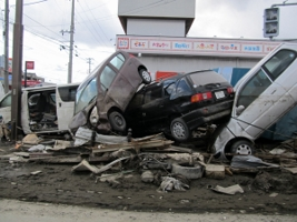 Japan_tsunami_disaster (7) [320x200]
